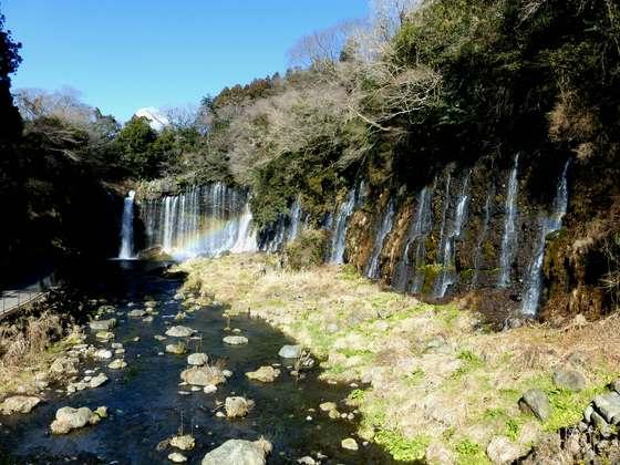 静岡・白糸の滝<たびねす3月公開記事>