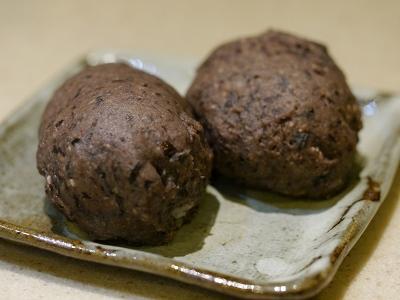 170320黒豆おはぎ (1)