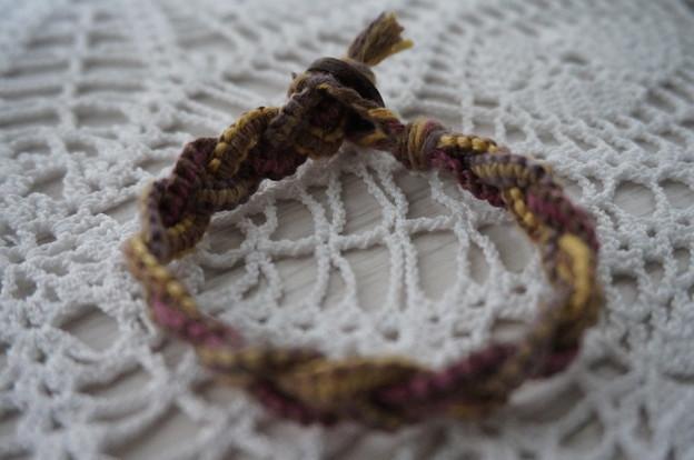 三つ編みブレス前部