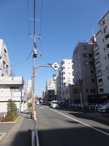 中野通り・豊島区南長崎