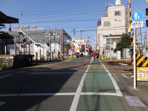荒玉水道みち・桜上水駅付近