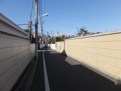 荒玉水道道路・妙法寺付近