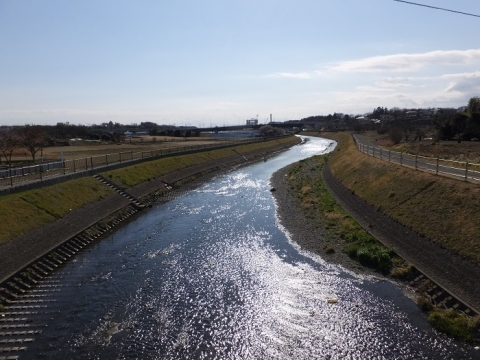 目久尻川・神崎橋より下流を望む