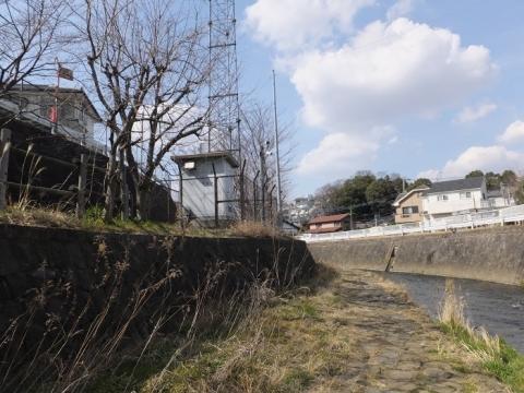 産川橋上流、雨量水位情報観測所