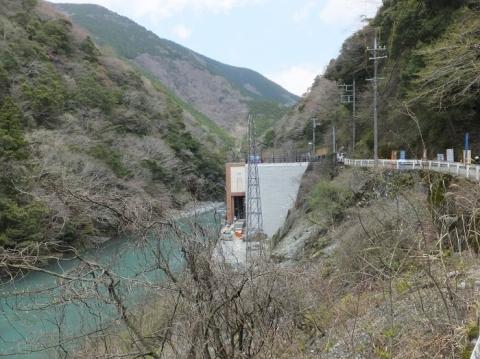 玄倉川と玄倉第一発電所