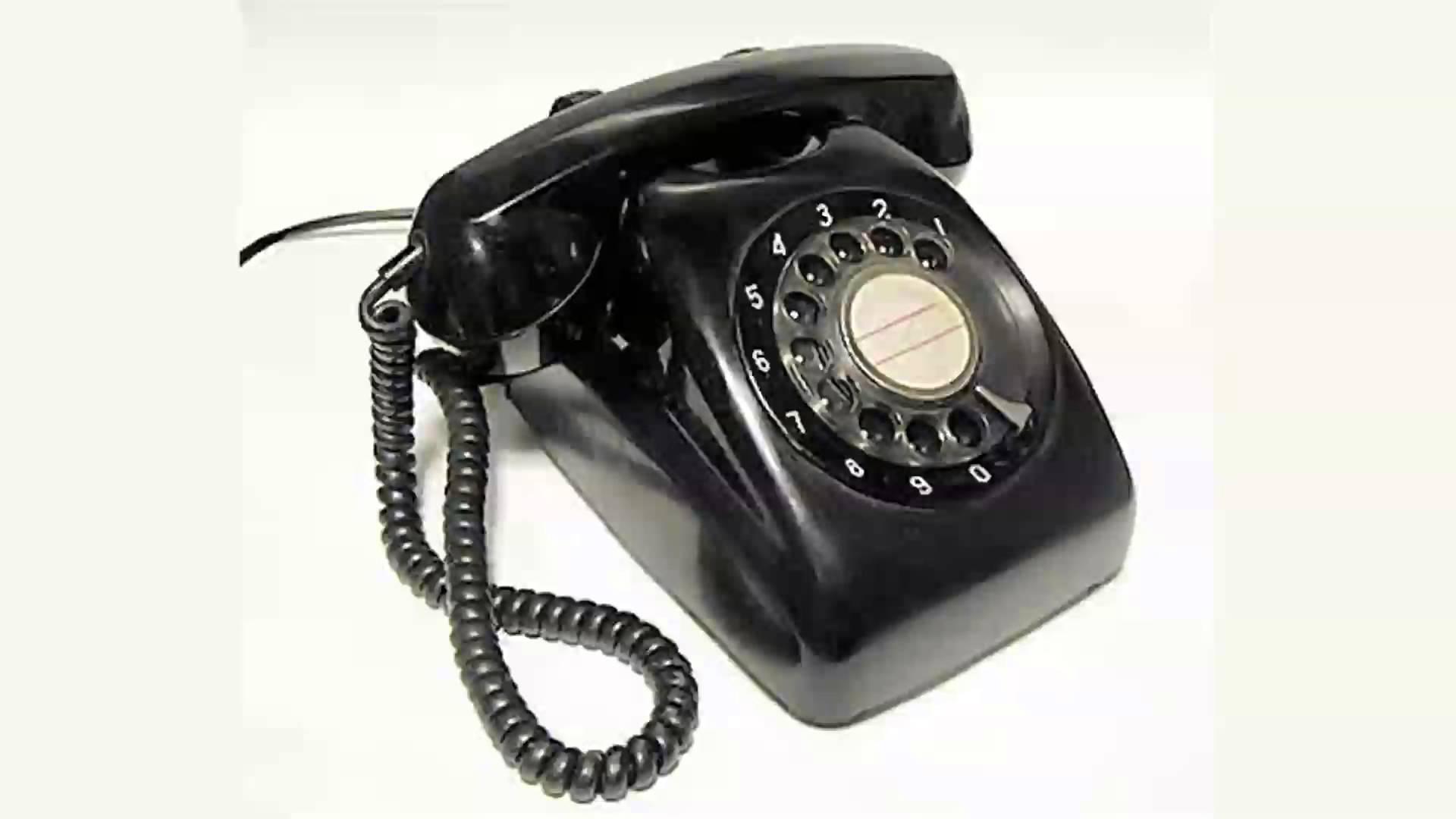 フリー写真 黒電話