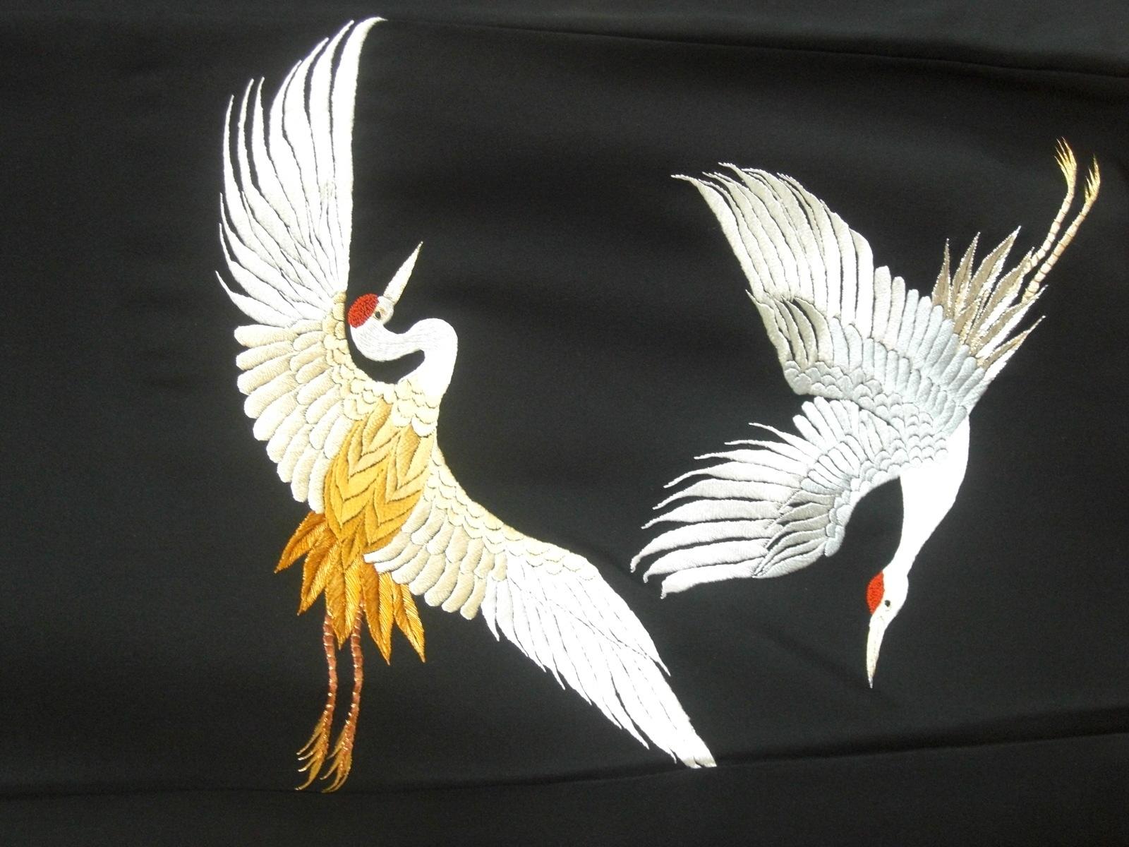 0 r 【 日本刺繍 鶴亀a
