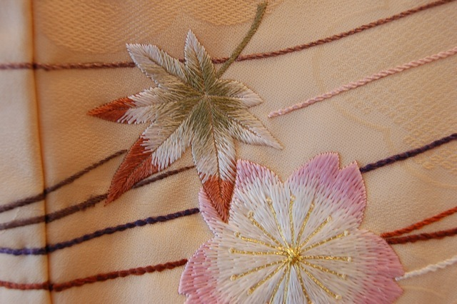 0 r 【 日本刺繍 鶴亀b