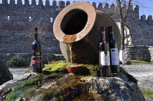 z トビリシ 古代ワインa