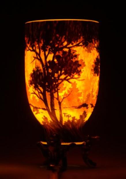 zzn ドームナンシー卓上ランプ b 被せガラス 樹海文 h15.5 w8.0 cm