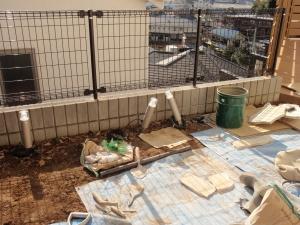 庭照明工事 :エクステリア横浜(神奈川県・東京都の外構工事専門店) 愛犬と過ごすお庭空間のご相談をお受けしています。