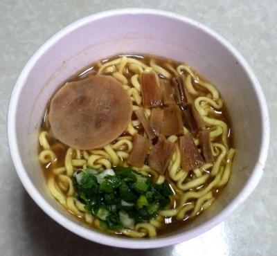 4/4発売 麺屋ごとう監修 魚介とんこつ醤油ラーメン(できあがり)