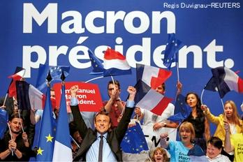 仏大統領選マクロン候補