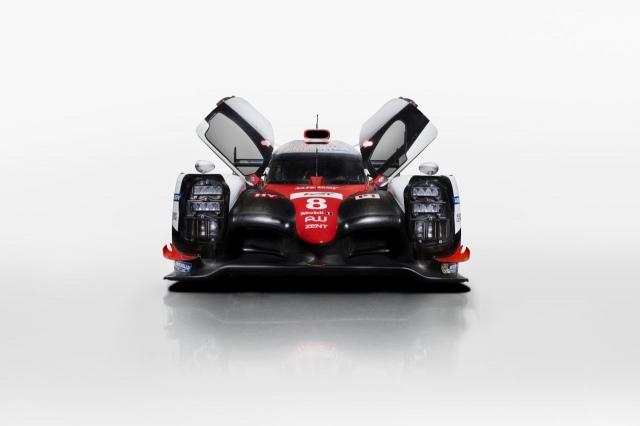 Toyota-TS050-2017iuggugui (1)