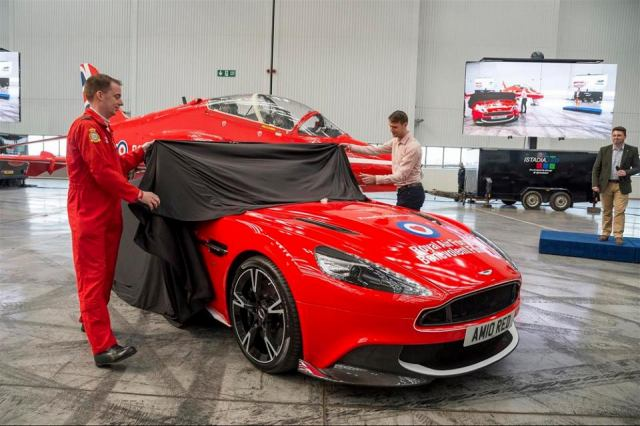 Q-by-Aston-Martin_Vanquish-S-Red-Arrows-Edition_0 (6)
