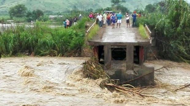 base_imageSe estima que hay unos 3 mil habitantes afectados en los centros poblados de Tablazos, Pampa Grande, Wadington, Pampa Tablazos, Campo Nuevo, Huaca Blanca y La Ramada