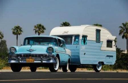 1956-chevy-pulling-a-1956-shasta-canned-ham-vintage-travel-trailer-gm-inside-107504.jpg