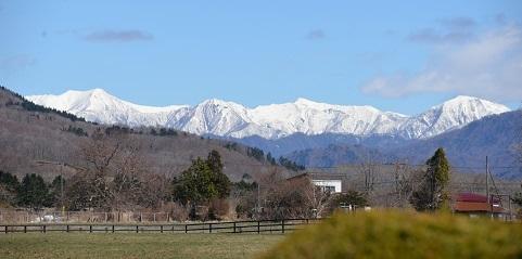 4・タイ・白い山
