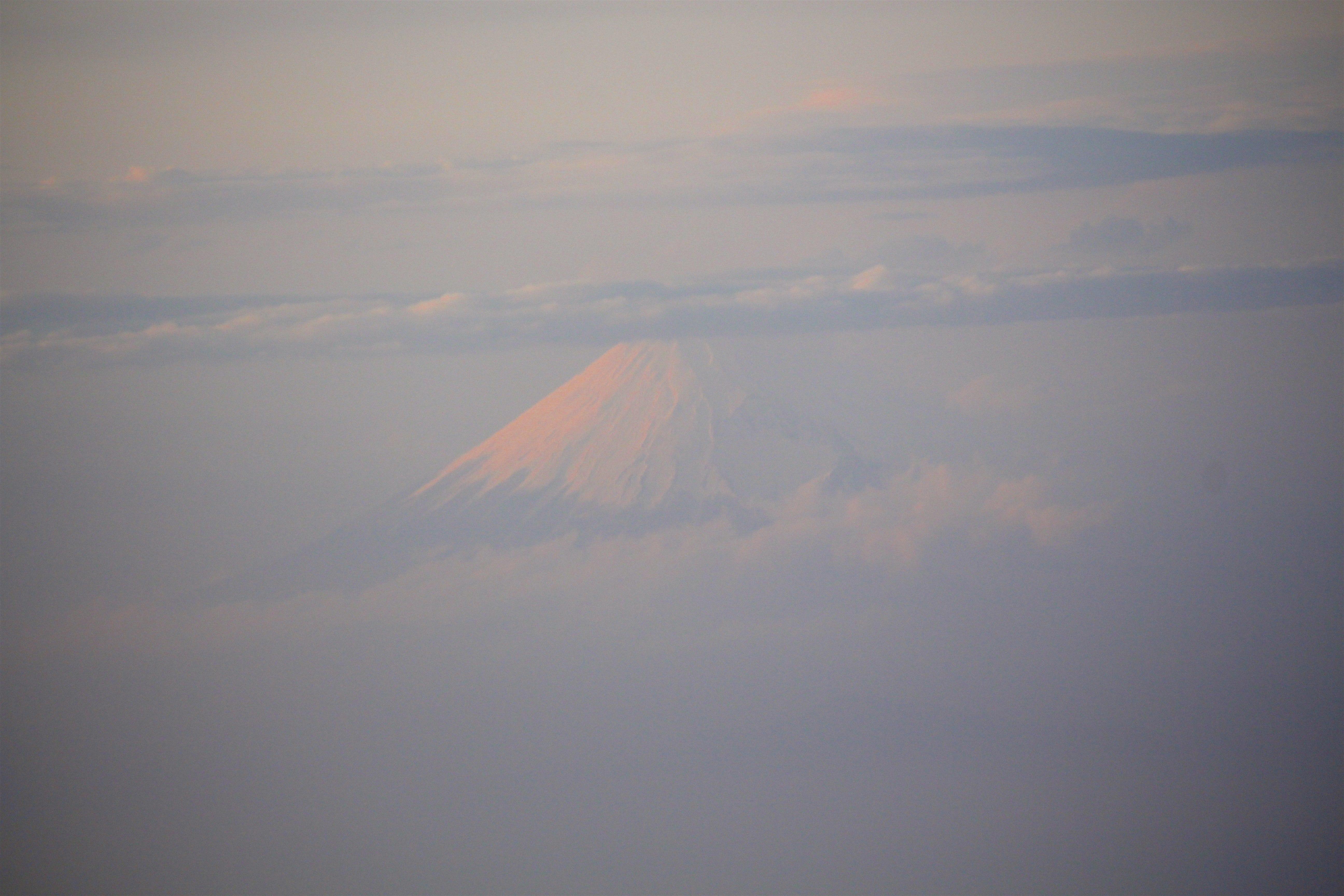 20170223帰りの飛行機からの富士山