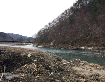 20.氾濫した川