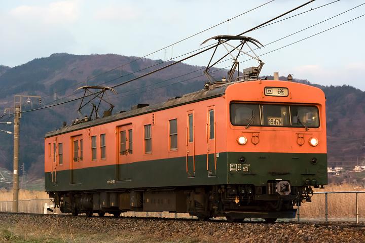 クモヤ143-319s