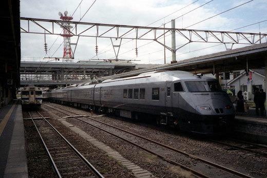 19951109ツバメ乗車822-1