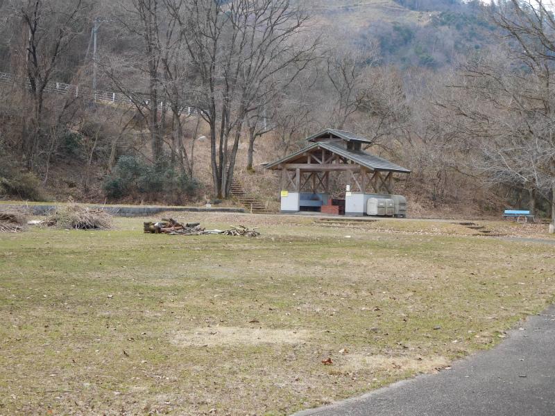 ss-キャンプ場 4