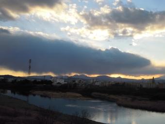 雨雲くっきり170211