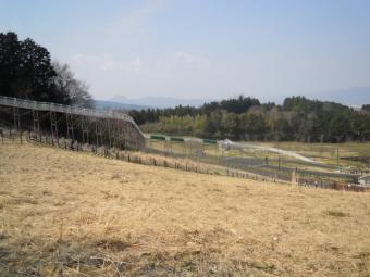 長い滑り台170320諏訪の原公園
