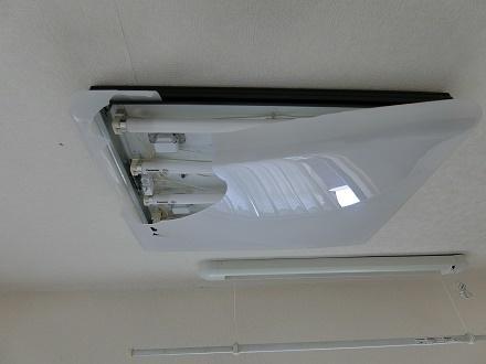ブログ写真AR407照明カバー