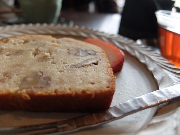 りんごとくるみのパウンドケーキ