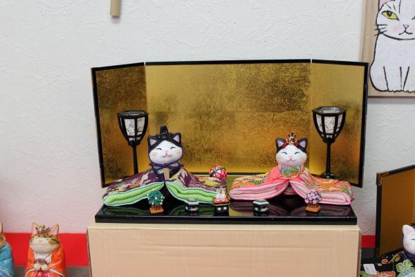 063_convert水野猫お雛様