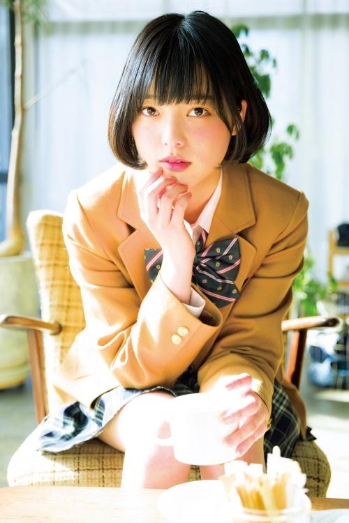 【欅坂46】平手友梨奈:「サンデー」でバレンタイングラビア 制服やミニワンピに
