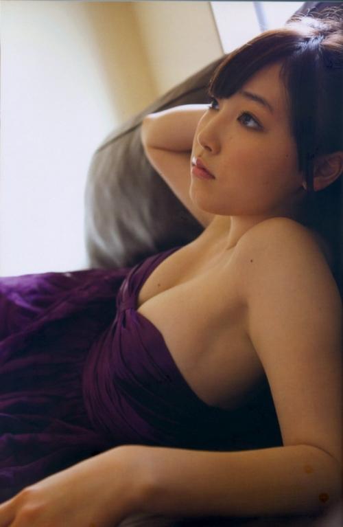 譜久村ふくちゃんよりエロイ体の女性アイドルいない説