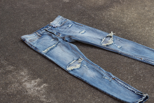 11_mnml_M1_DENIM_PANTS_growaround_blog.jpg