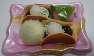 抹茶半月春爛漫01