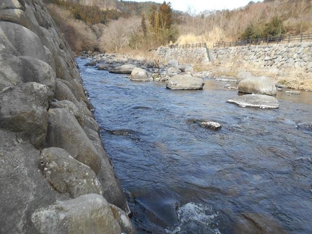 DSCN20590312小黒川関守橋上流川の様子