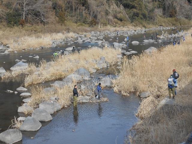 DSCN20580312家康地区ヤマメ成魚 釣りの様子.jpg