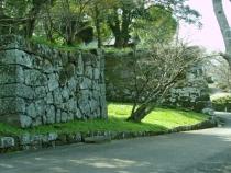 №45・上ノ門跡より「着見櫓」の石垣を望む