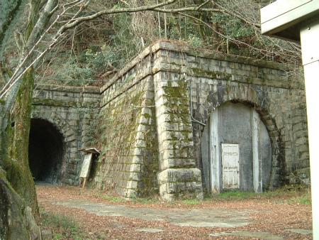 東山トンネル08