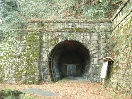 東山トンネル09