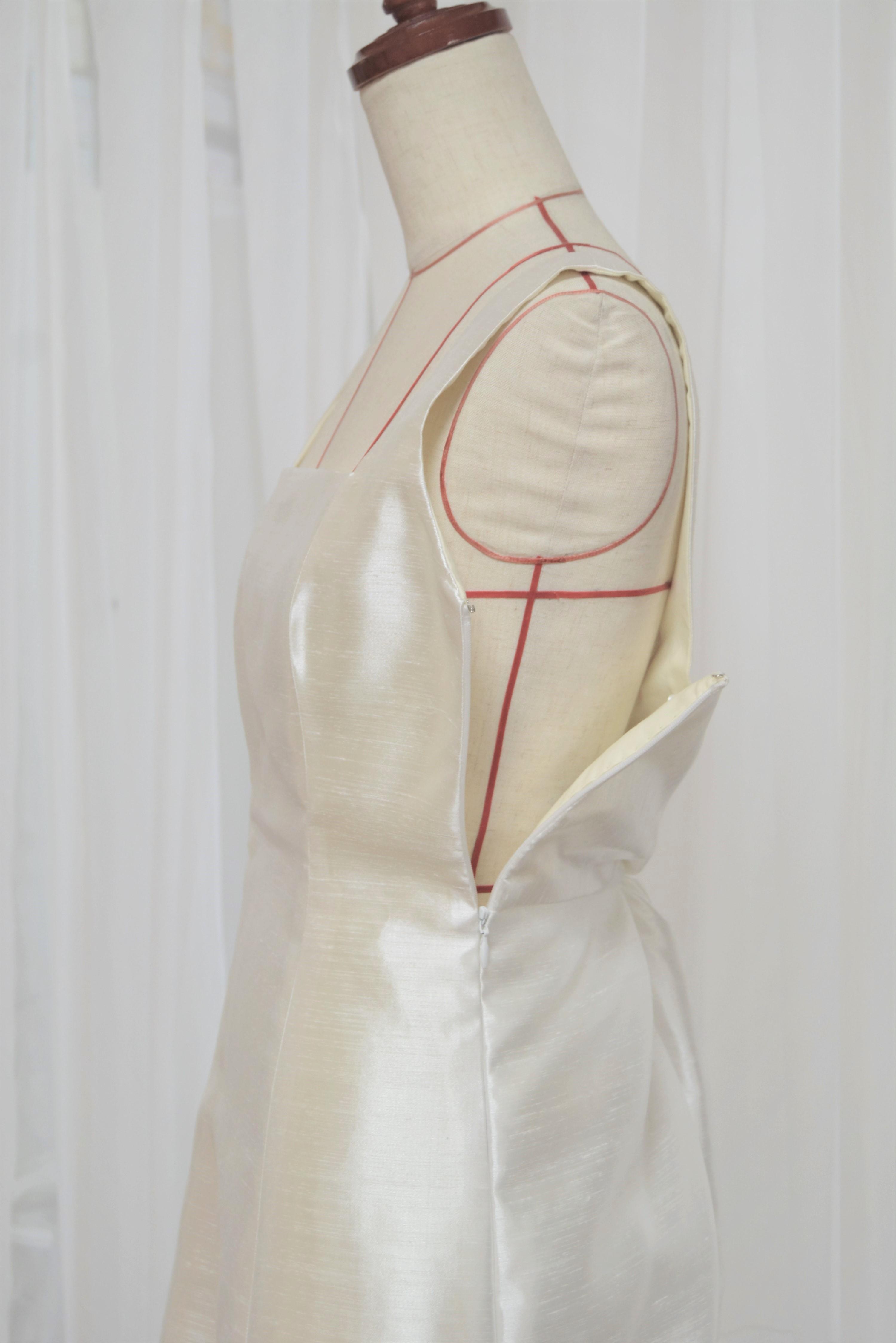 hanayomesalon スレンダー ライン ウエディングドレス