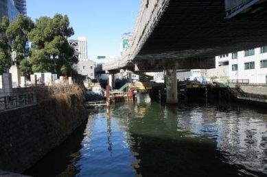 まだ続く常磐橋工事現場