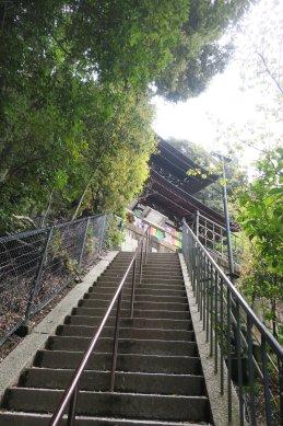 永観寺・多宝塔への階段