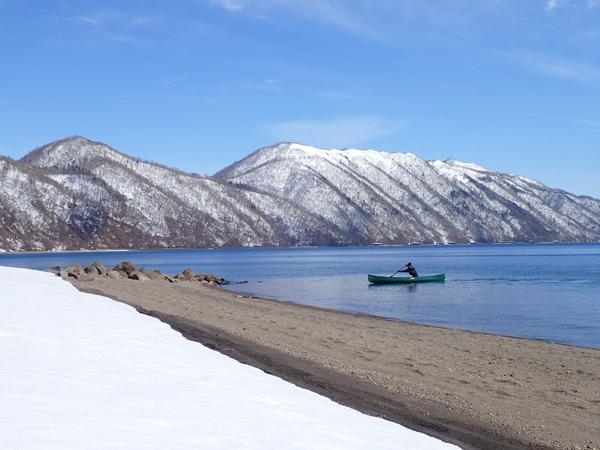 支笏湖残雪05