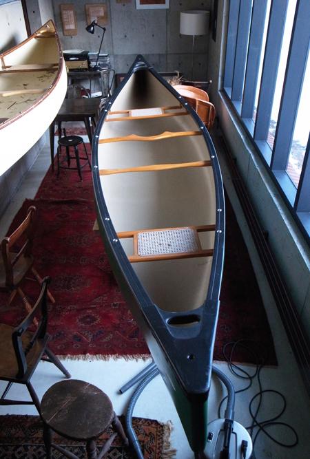 カナディアンカヌーのリペア02