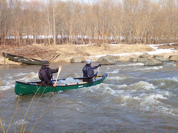 尻別川でカヌー01