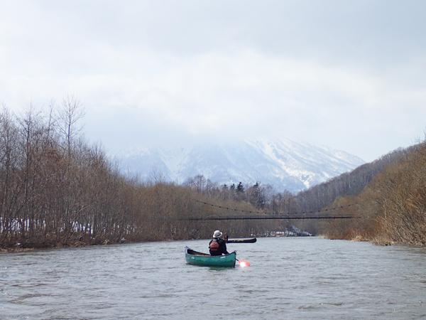 尻別川でカヌー04