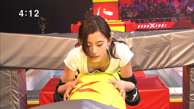 TBS「女性版SASUKE KUNOICHI2017」でおっぱい強調されてる朝比奈彩