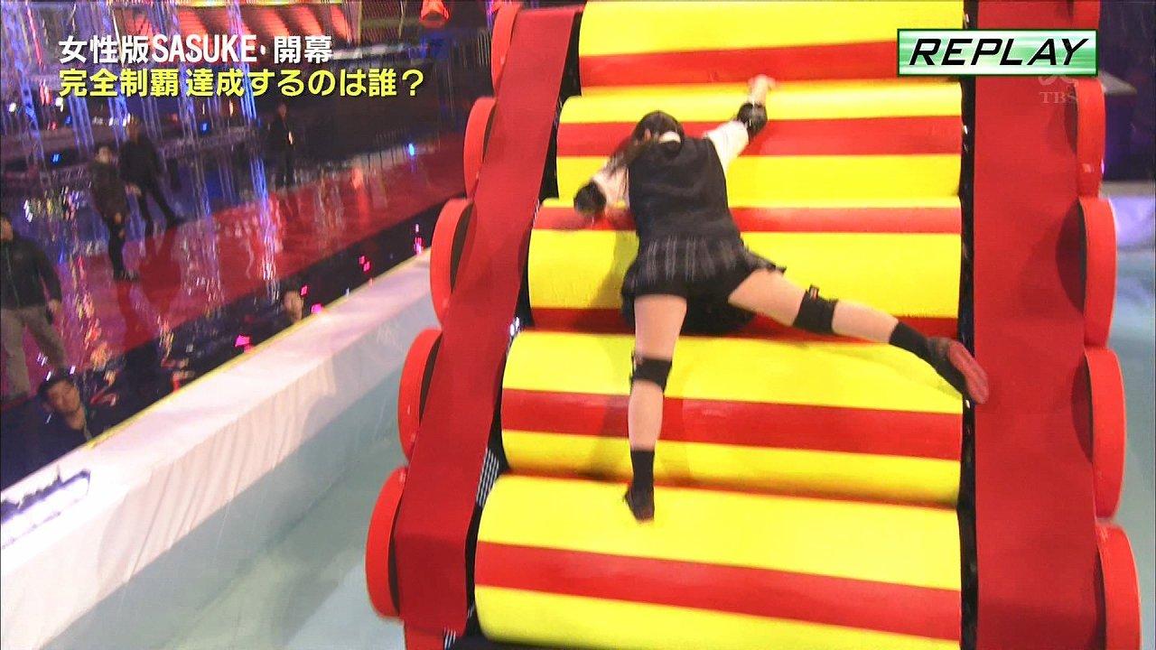 TBS「女性版SASUKE KUNOICHI2017」でパンチラしているMYW